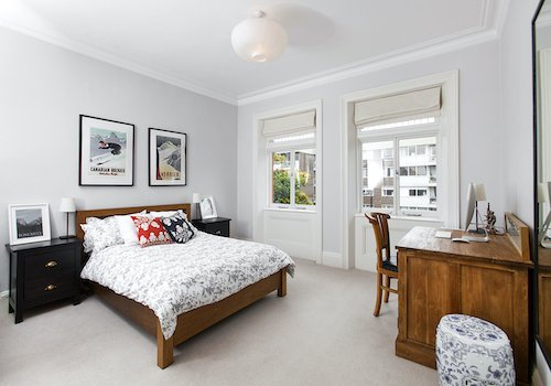 Double Bedroom with high ceilings in Belsize Park