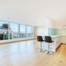 Panoramic Hampsstead sold modern flat